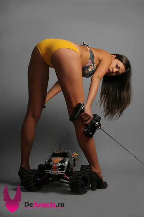 Auto RC-Girls - Page 5 Sexy-girls-3