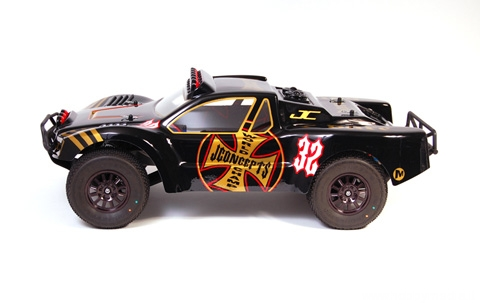 jconcepts-illuzion-dare-slash-body-1