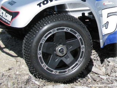 aka-wheel-tyre-shourt-corse-truck2