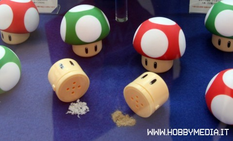 super-mario-salt-pepper1