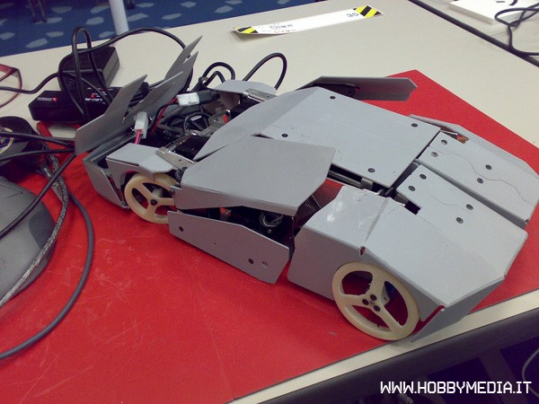 trasformers-robot-rc-6