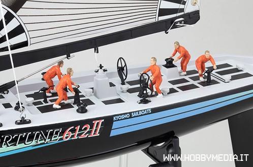 kyosho-fortune-612-ii-con-radio-kt-21