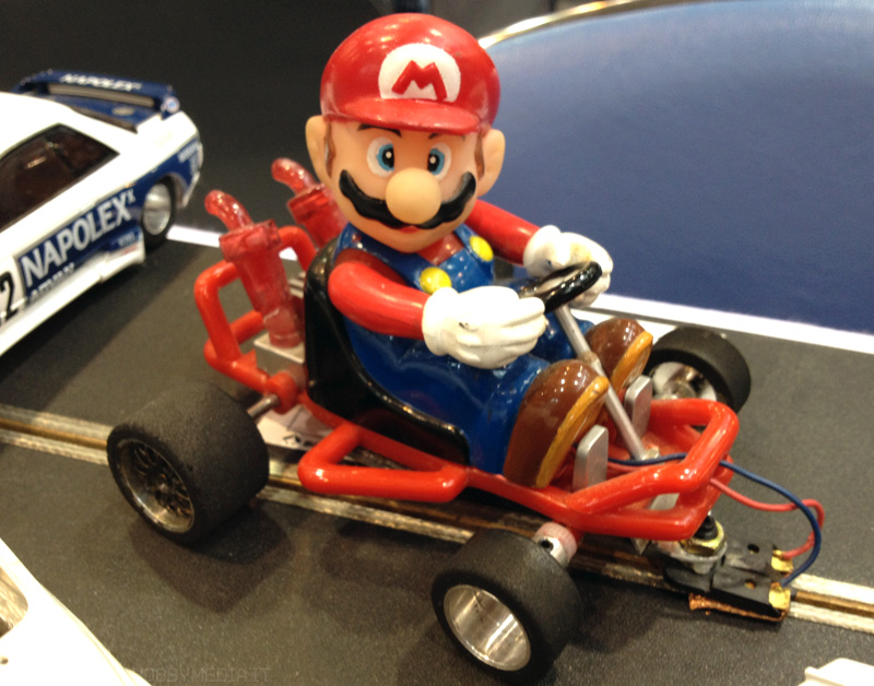 super-mario-kart-slot-car-1