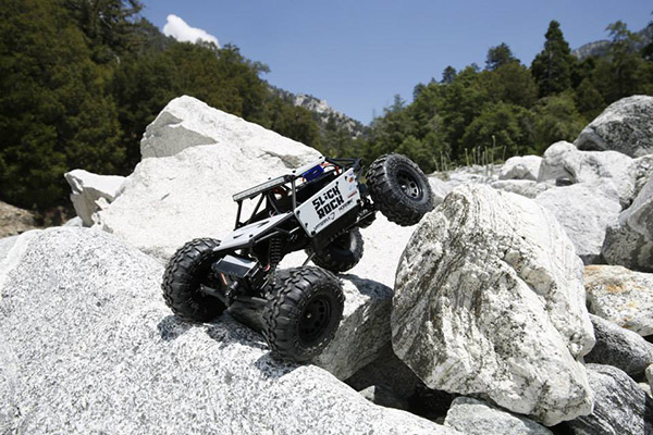 vaterra-slickrock-rock-buggy-2