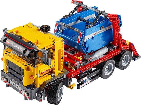 lego la recensione del camion porta container 42024 hobbymedia. Black Bedroom Furniture Sets. Home Design Ideas