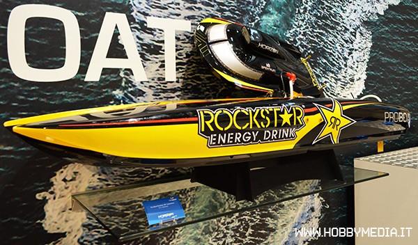 catamarano-proboat-rockstar-con-motore-a-scoppio