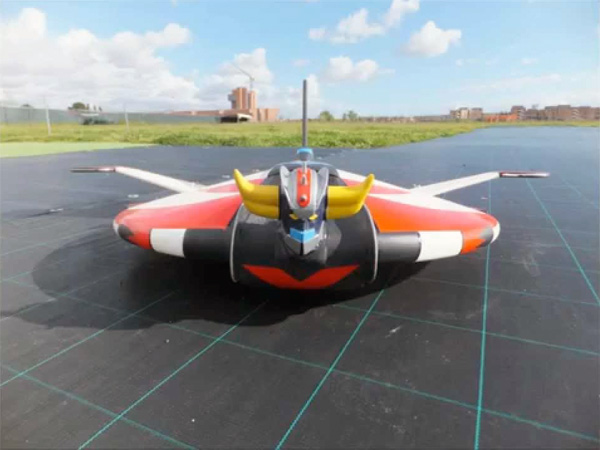 RC UFO ROBOT Grendizer: Goldrake Radiocomandato!
