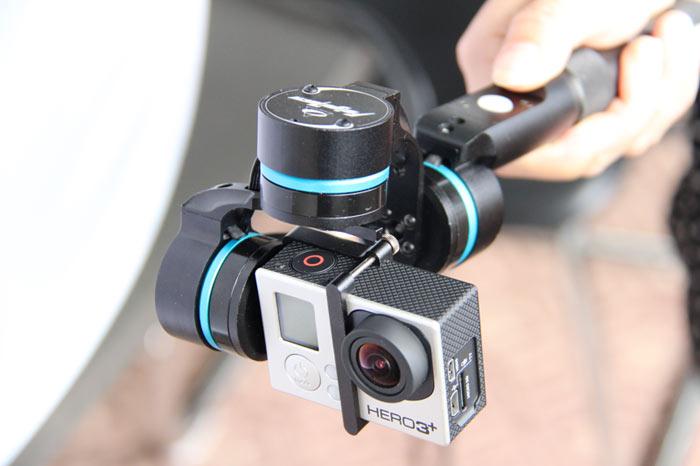 impugnatura-stabilizzata-videocamera