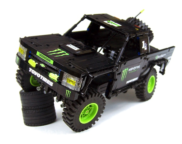 lego-technic-bj-baldwin-trophy-truck-rc