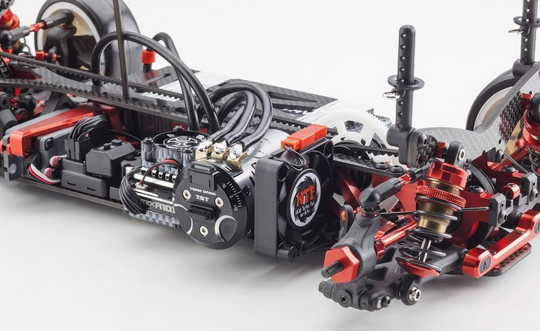 kyosho-tf7-4wd-touring-car-2