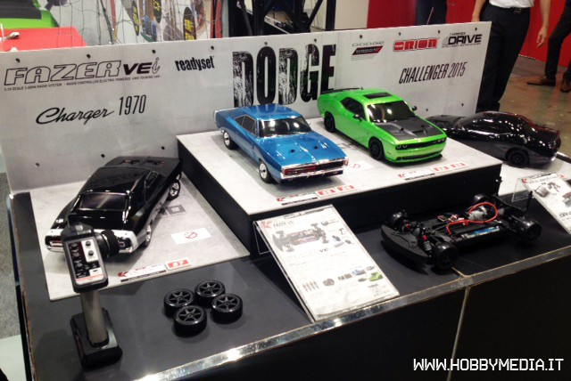 tokyo-hobby-show-dodge-charger-1970-e-challenger-1