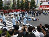 Akihabara: 18 stabbed / Folle accoltella 18 persone a Tokyo
