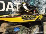 Catamarano Pro-Boat Rockstar 48 con motore a due tempi da 26cc - Spielwarenmesse 2014