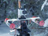 Drone radiocomandato che spara fuochi artificiali - FPV