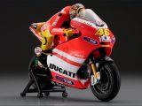 Kyosho Ducati Desmosedici GP11 No.46 di Valentino Rossi