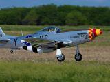 E-flite Hangar 9: P-51D Mustang 60cc ARF - HORIZON