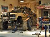 Il garage per gli automodelli in scala 1/10