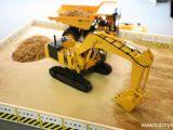 Kyosho Komatsu PC1250-8 escavatore cingolato IRC Series Modellismo Movimento Terra RC Dinamico