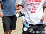 Jared Tebo prova il prototipo della nuova Kyosho Ultima 2WD