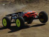 Team Losi 8ight-T 2.0 Race Roller - Truggy Radiocomandato