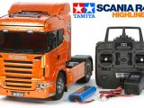 "Tamiya Scania R470 HighLine ""Orange Edition"" con sistema di luci e effetti sonori"