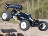 Associated RC18B2 Buggy e RC18T2 Truck RTR 2,4 GHz