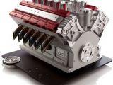Espresso Veloce V12: La macchina da caffè per modellisti e maniaci dei motori!