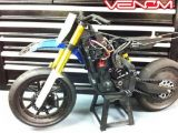 Moto RC: Nuovi freni e gomme per la Venom VMX 450