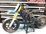 Moto RC: Nuovi freni e gomme per la Venom VMX 450